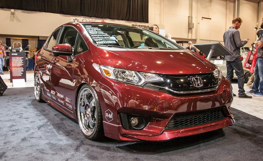 Honda Fit Active Metropolitan Lifestyle concept - Slide 1