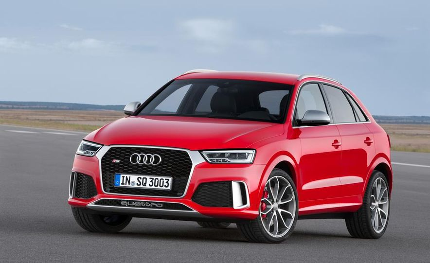 2016 Audi RS Q3 (Euro-spec) - Slide 5