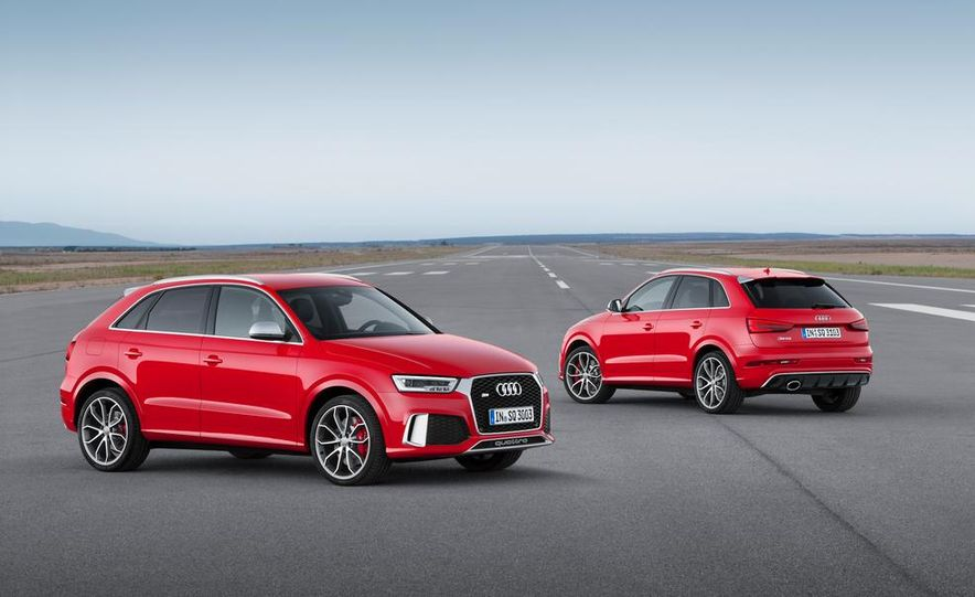 2016 Audi RS Q3 (Euro-spec) - Slide 14