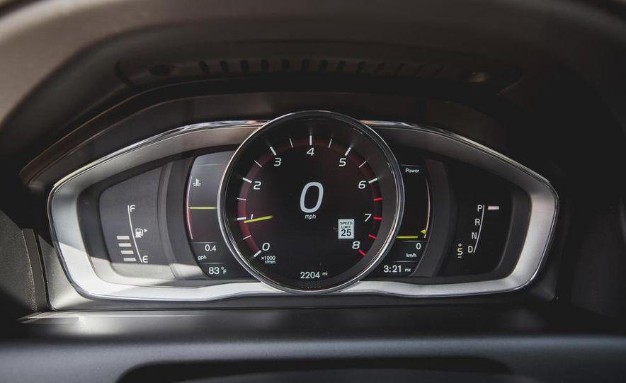 2015 Volvo XC60 Ocean Race Edition - Slide 31