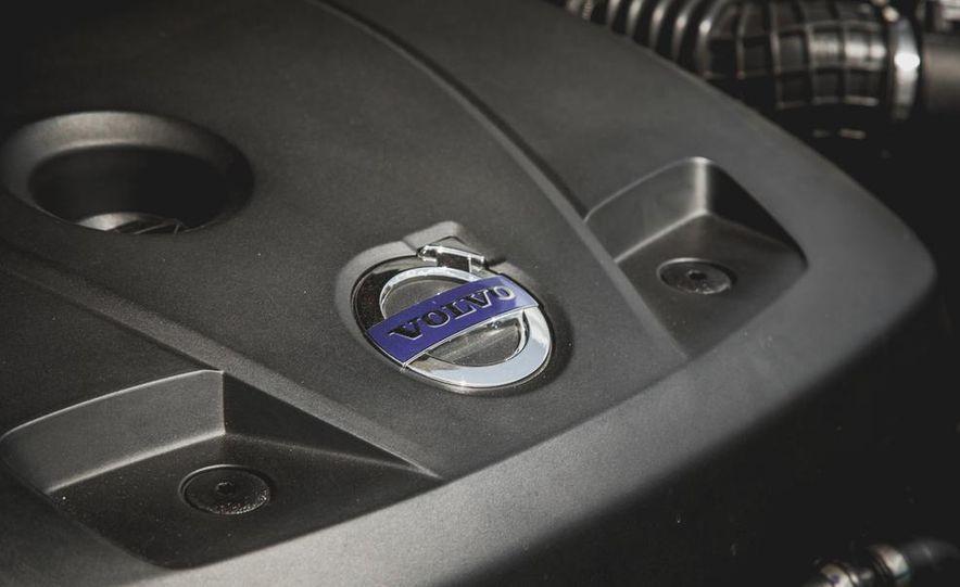 2015 Volvo XC60 Ocean Race Edition - Slide 41
