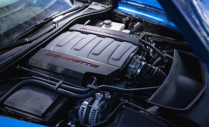 2015 Chevrolet Corvette Stingray convertible - Slide 25