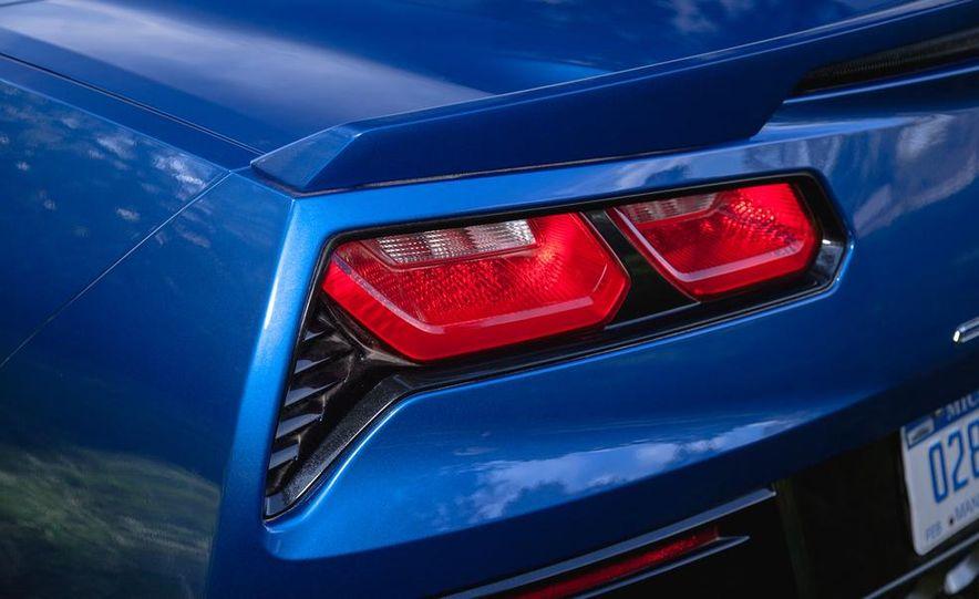2015 Chevrolet Corvette Stingray convertible - Slide 6