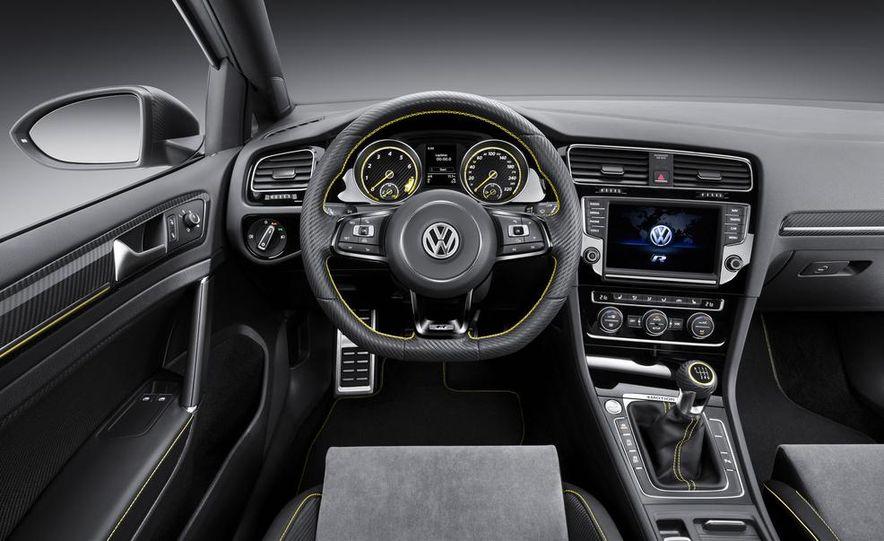 Volkswagen Golf R 400 concept - Slide 21