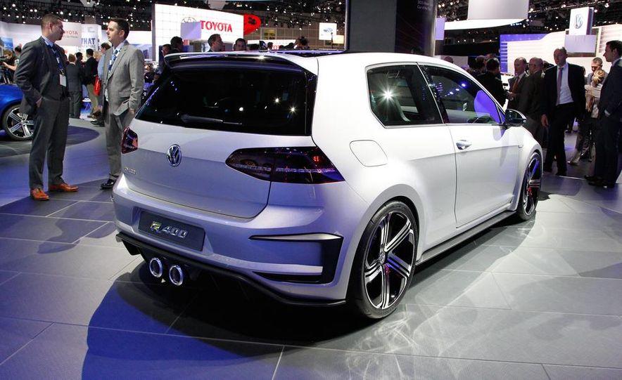 Volkswagen Golf R 400 concept - Slide 5