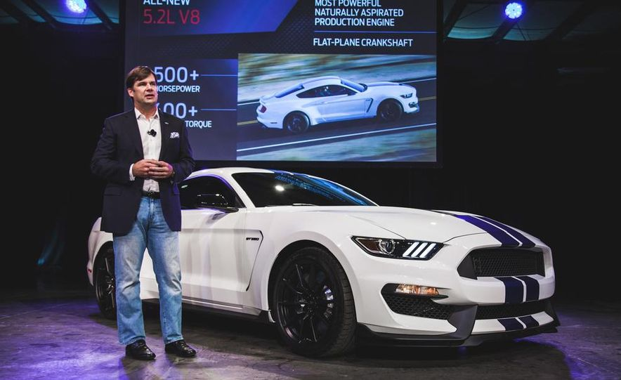2016 Ford Mustang Shelby GT350 - Slide 1