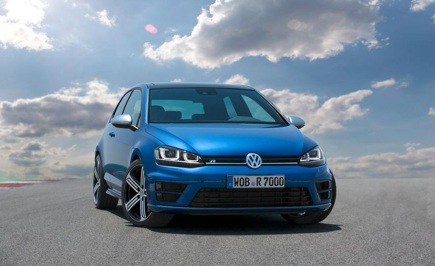 2015 Volkswagen Golf R - Slide 6