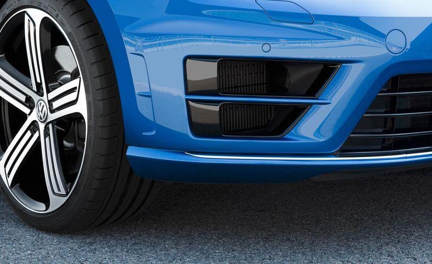 2015 Volkswagen Golf R - Slide 12