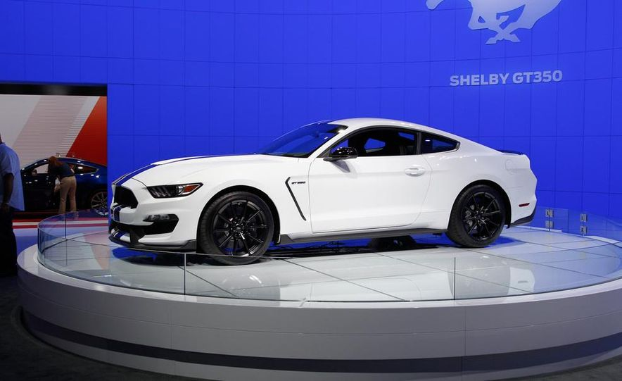 2016 Ford Mustang Shelby GT350 - Slide 20