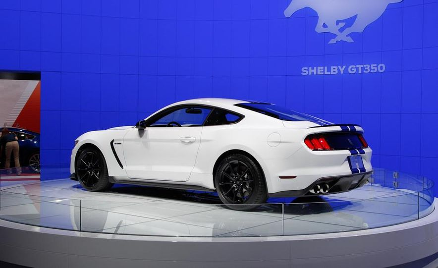 2016 Ford Mustang Shelby GT350 - Slide 22