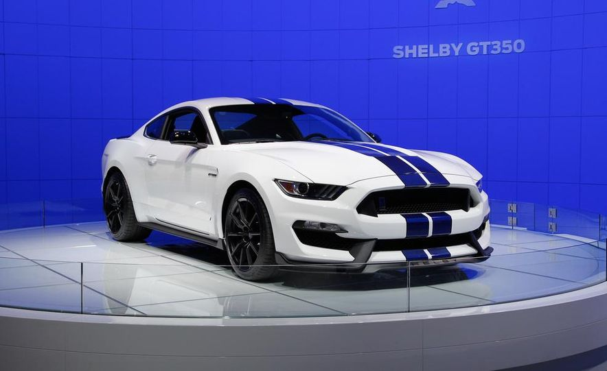 2016 Ford Mustang Shelby GT350 - Slide 32