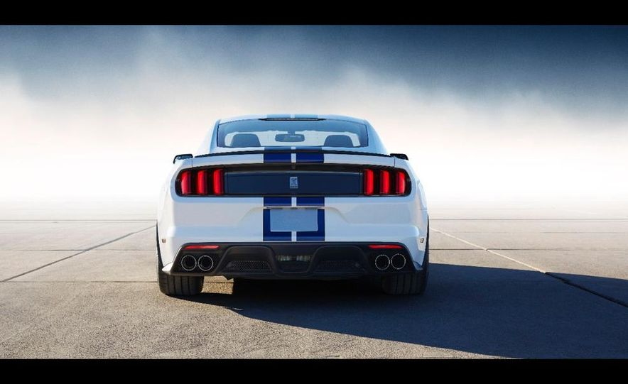 2016 Ford Mustang Shelby GT350 - Slide 62