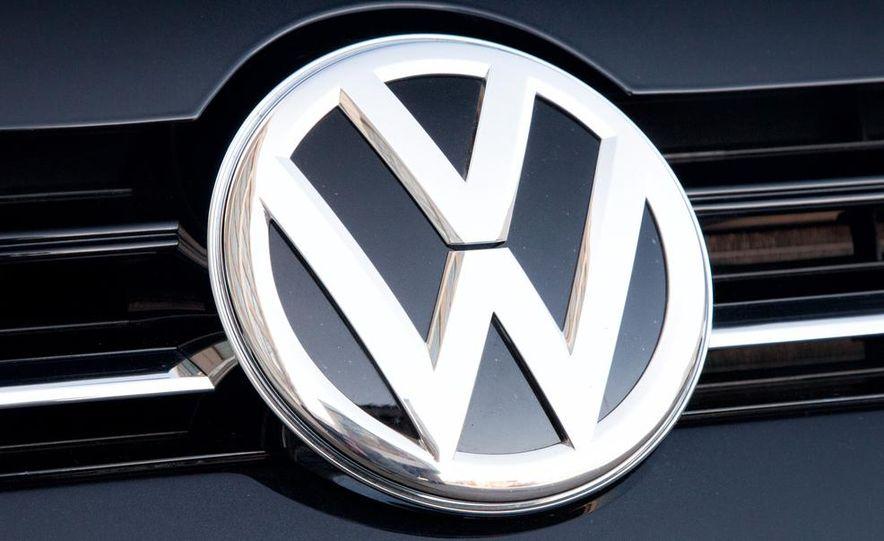 2015 Volkswagen Golf SportWagen TDI - Slide 3