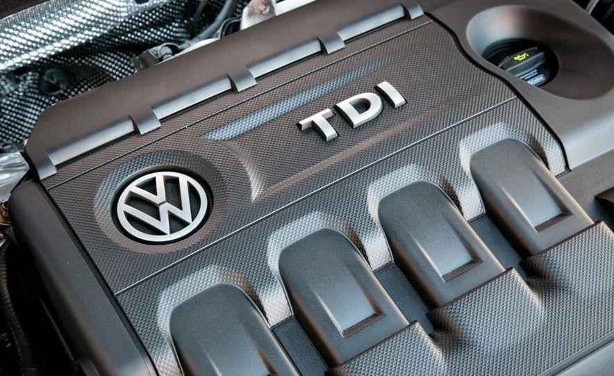 2015 Volkswagen Golf SportWagen TDI - Slide 11
