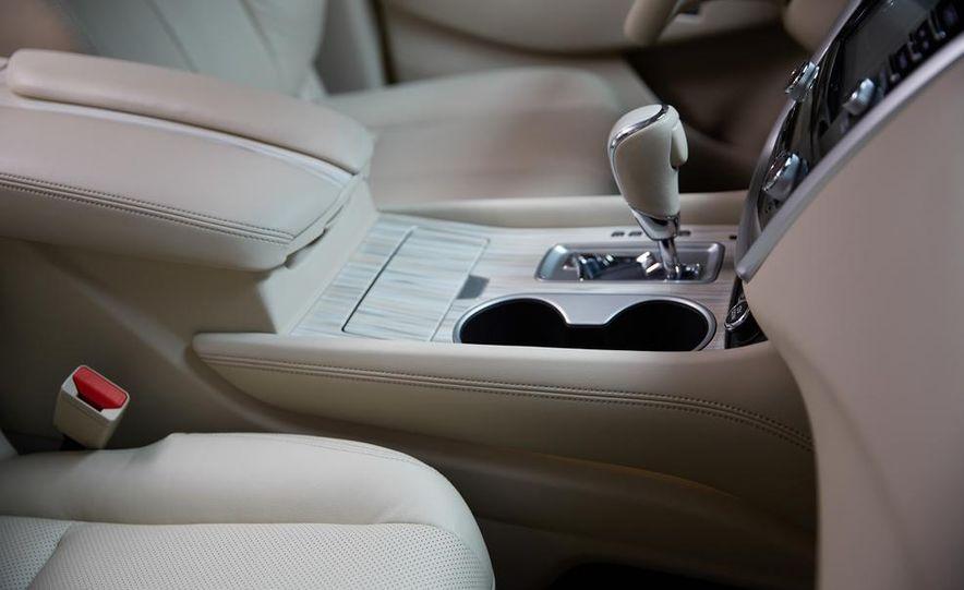2015 Nissan Murano Platinum AWD - Slide 54
