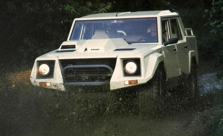 Lamborghini LM002 - Slide 1