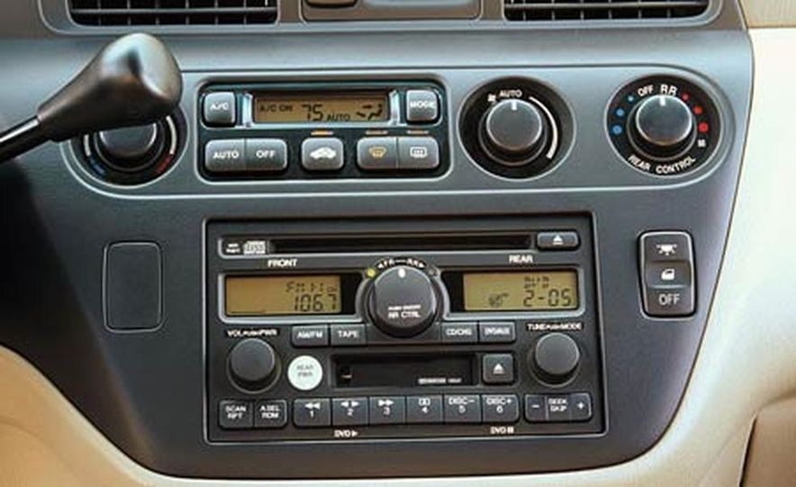 2004 Honda Odyssey - Slide 6