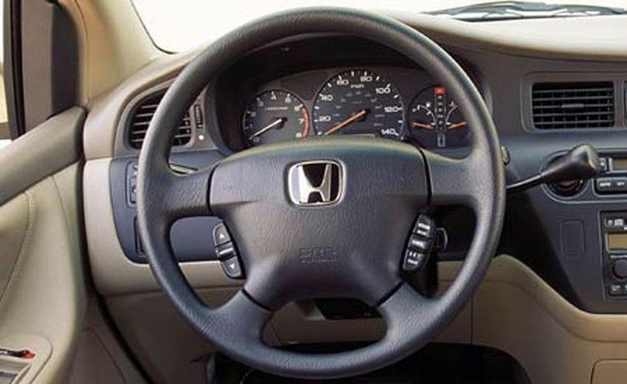 2004 Honda Odyssey - Slide 10