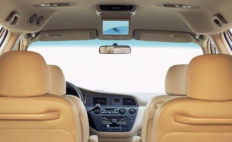 2004 Honda Odyssey - Slide 11