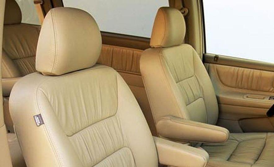 2004 Honda Odyssey - Slide 12