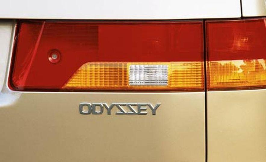 2004 Honda Odyssey - Slide 14