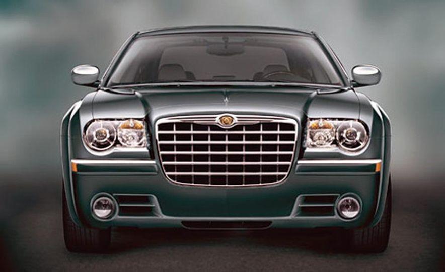 Chrysler 300C Hemi - Slide 3