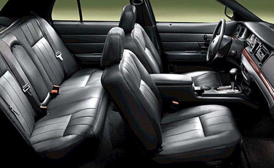 Chrysler 300C Hemi - Slide 11
