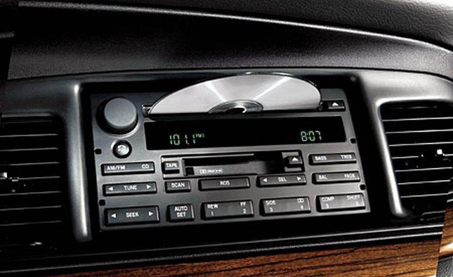 Chrysler 300C Hemi - Slide 12