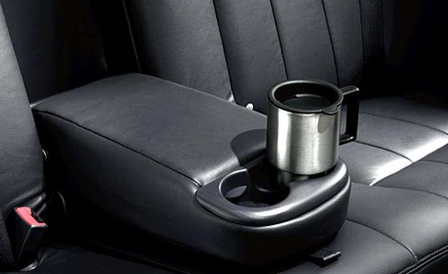 Chrysler 300C Hemi - Slide 14