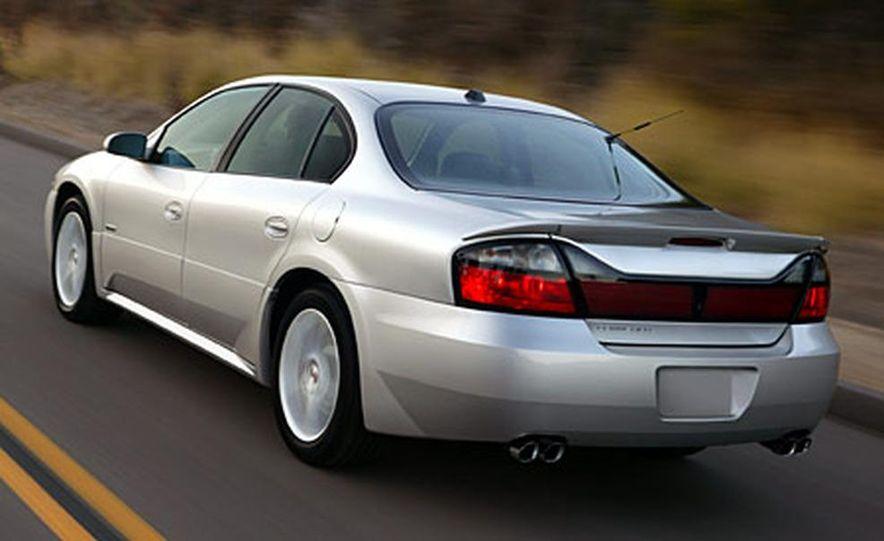 Chrysler 300C Hemi - Slide 17
