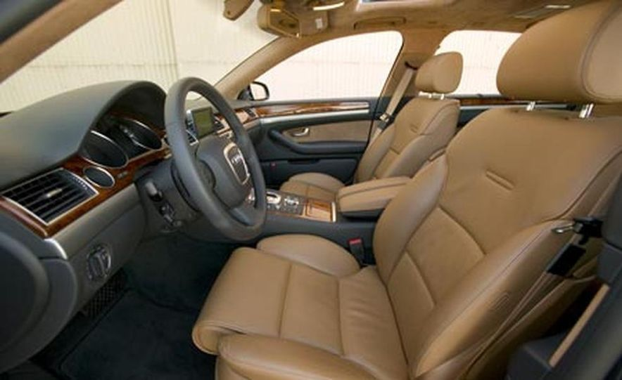2008 Audi A8 - Slide 18