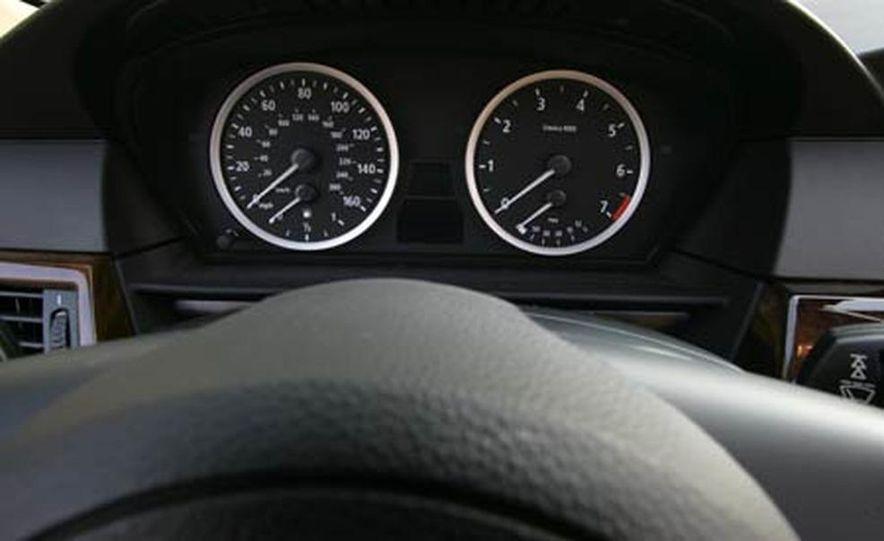 2007 BMW 550i - Slide 10