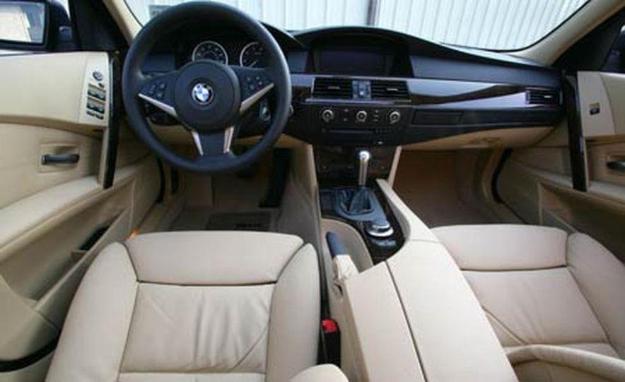 2007 BMW 550i - Slide 12