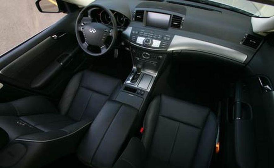 2007 BMW 550i - Slide 35