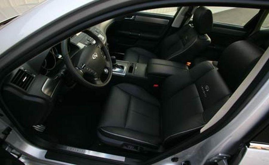 2007 BMW 550i - Slide 36