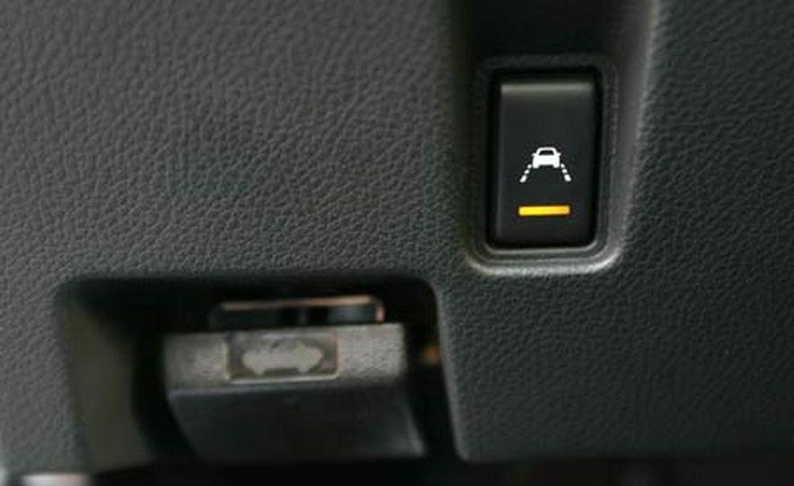 2007 BMW 550i - Slide 39