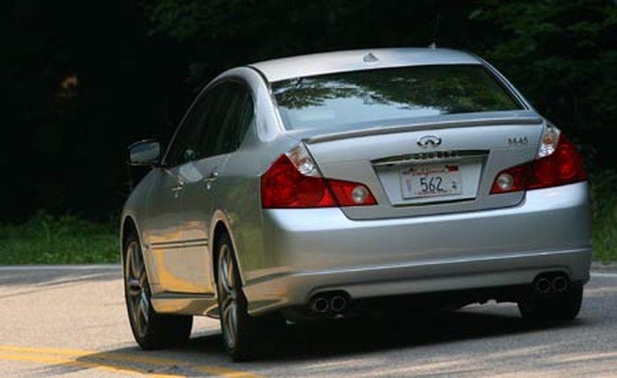 2007 BMW 550i - Slide 25