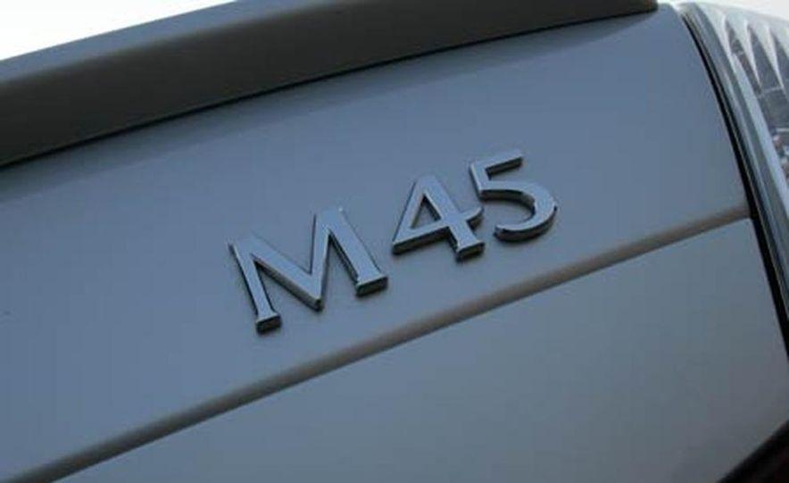 2007 BMW 550i - Slide 41