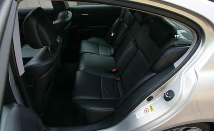 2007 BMW 550i - Slide 60
