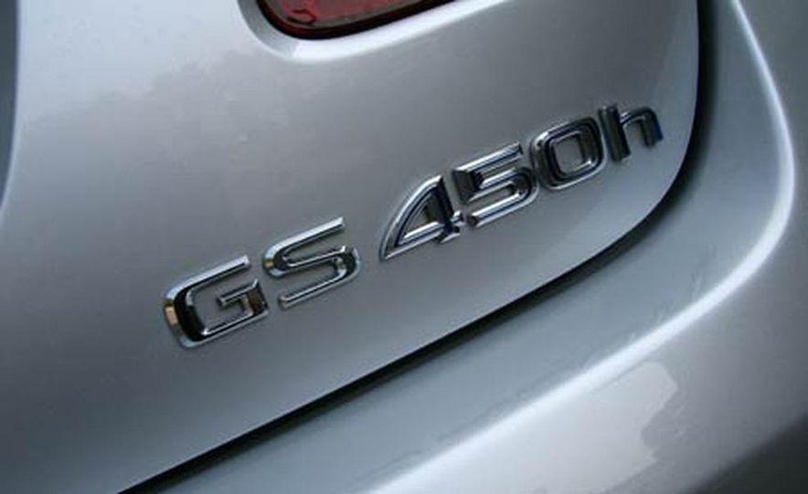 2007 BMW 550i - Slide 61