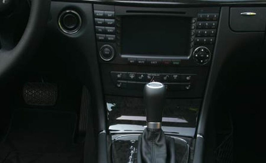 2007 BMW 550i - Slide 75