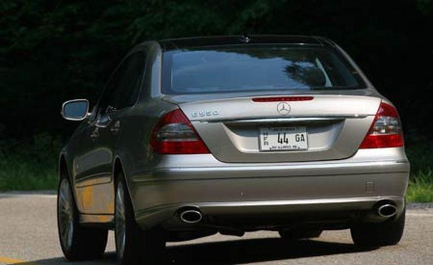 2007 BMW 550i - Slide 67