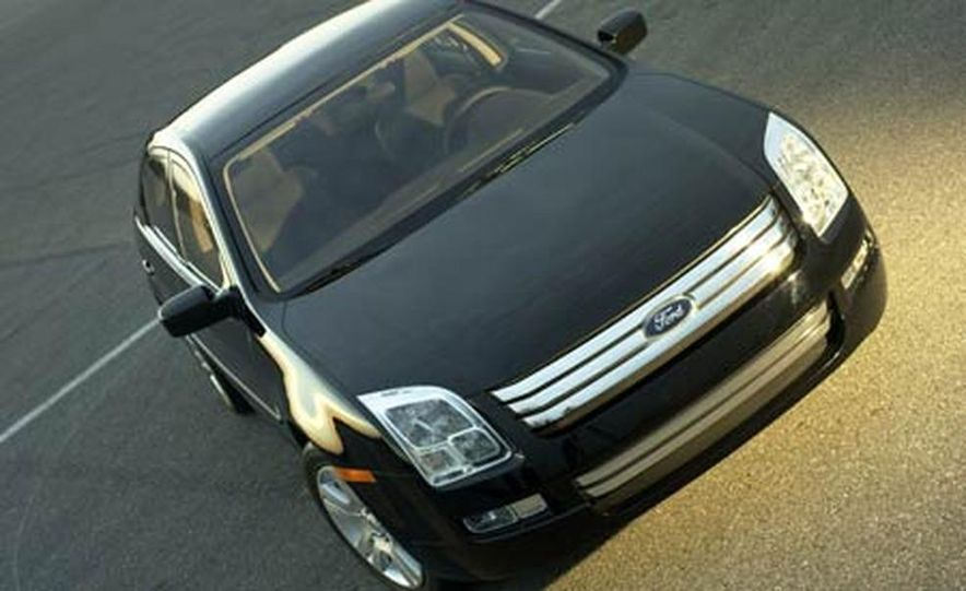 2006 Ford Fusion - Slide 13