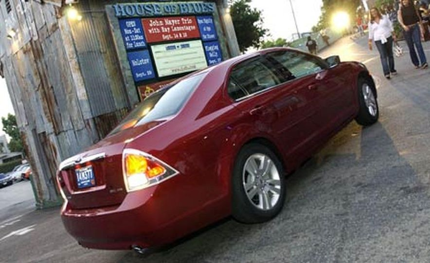 2006 Ford Fusion - Slide 20