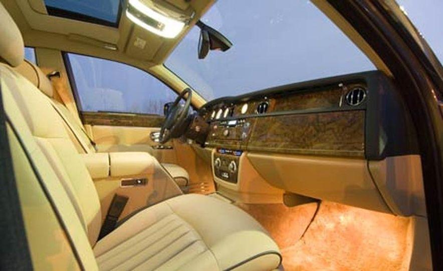2006 Rolls-Royce Phantom - Slide 18