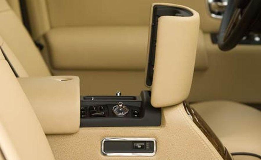 2006 Rolls-Royce Phantom - Slide 20