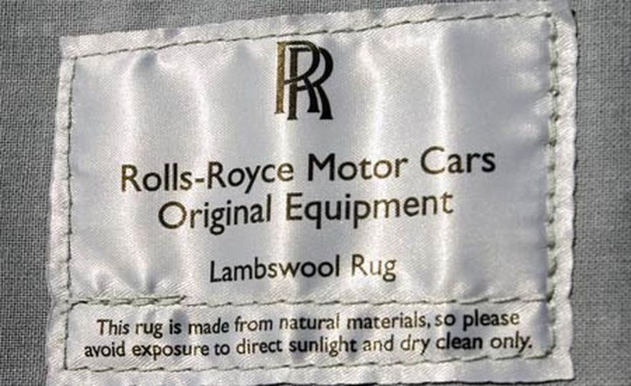 2006 Rolls-Royce Phantom - Slide 21