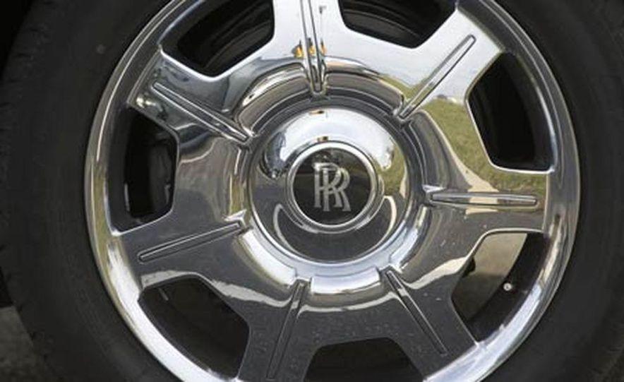 2006 Rolls-Royce Phantom - Slide 29