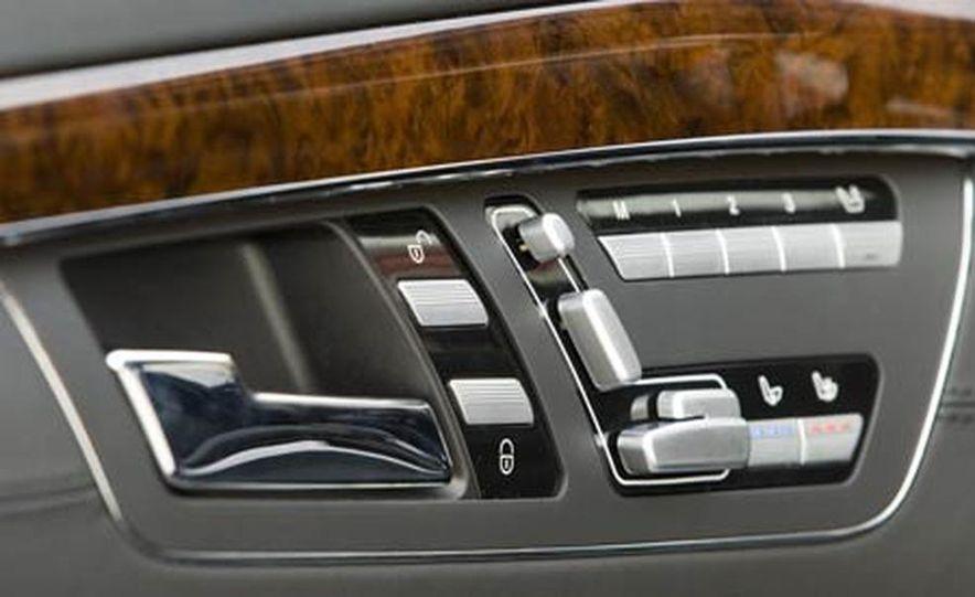 2006 Rolls-Royce Phantom - Slide 49