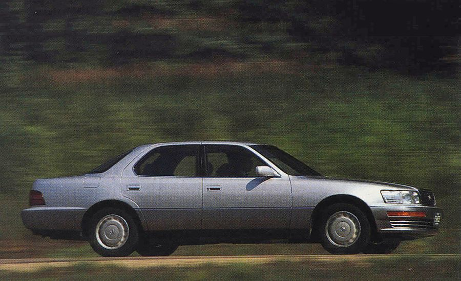 Lexus LS400 | Third Place